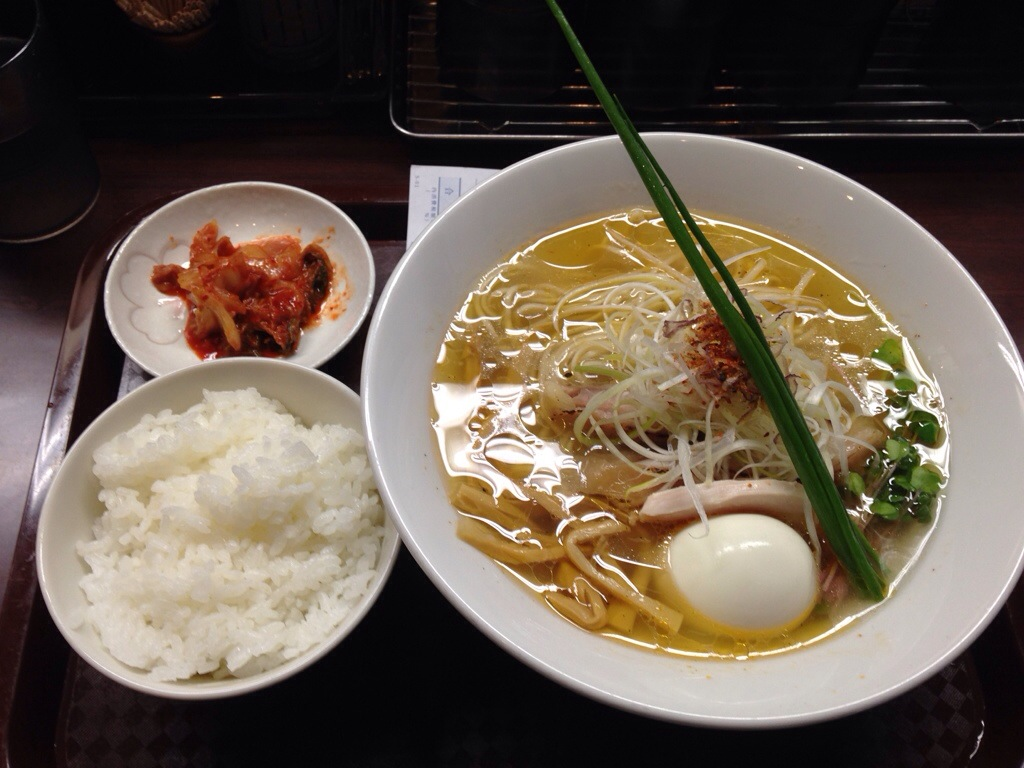 麺のようじ(旧 大阪拳)の塩そばのライス付き