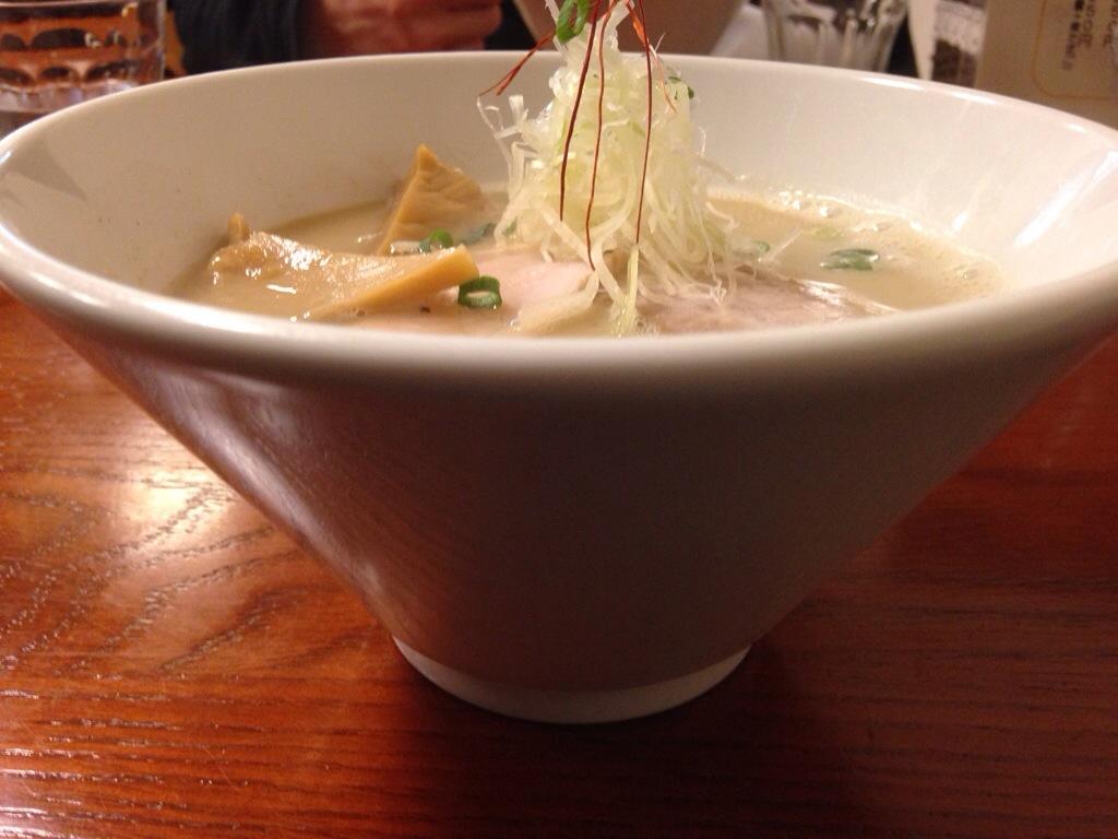 らぁ麺 飛鶏の鶏白湯そば