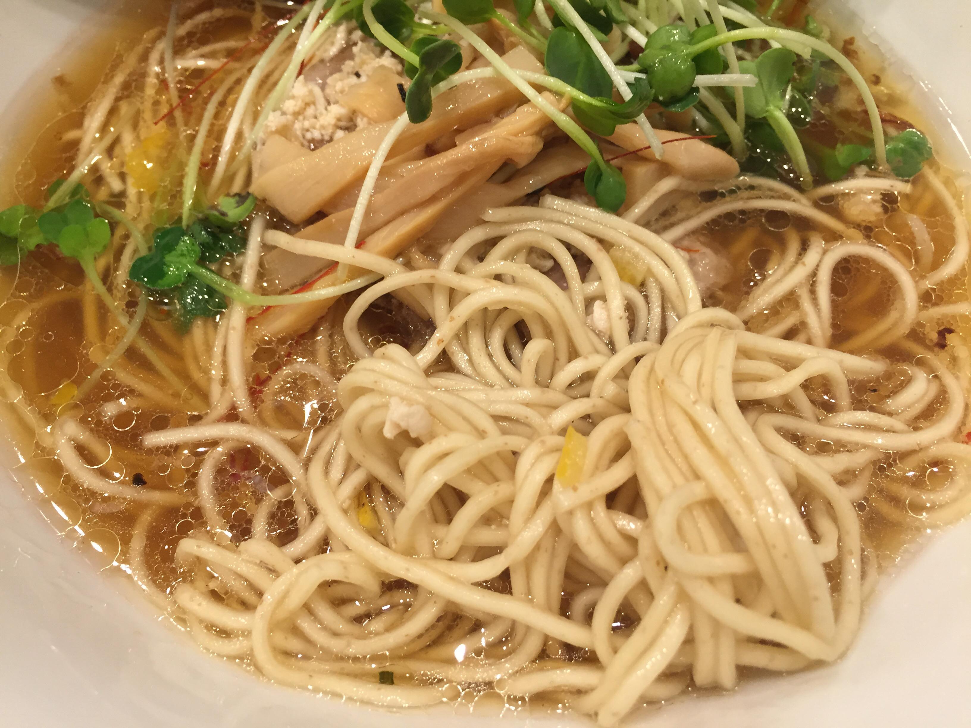 醤油SOBAの細麺