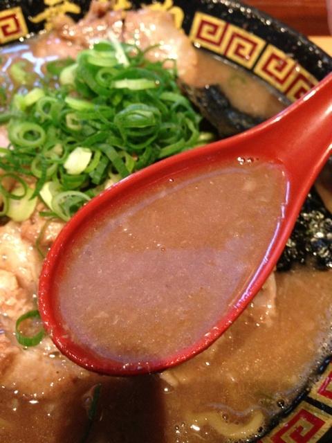 豚骨煮干スープ